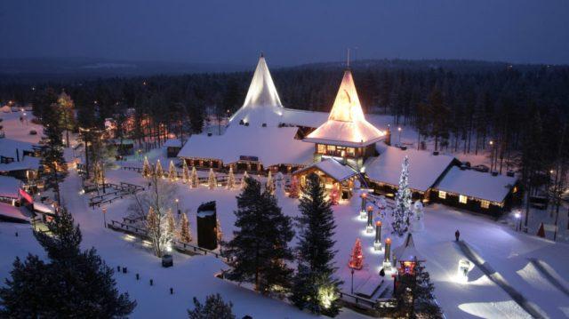 santa-claus-village-arctic-circle-rovaniemi-21-900x505