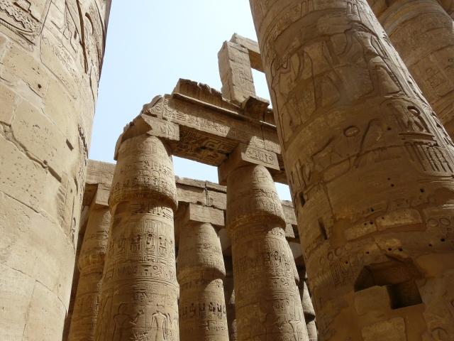 Karnak-Hypostyle3.jpg