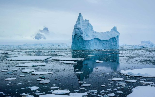 sea-ice-ANTARCTICA0717