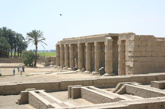 Seti_I_Temple_at_Qurna